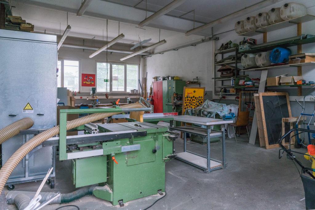 Holzwerkstatt im Specht